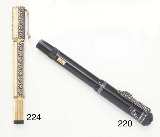 A GOLD FOUNTAIN PEN, BY WATERM