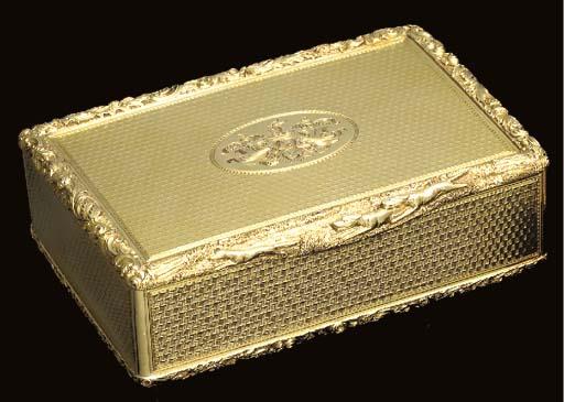 A WILLIAM IV GOLD SNUFF-BOX