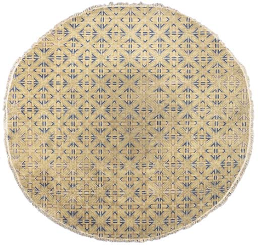 A CIRCULAR CHINESE CARPET