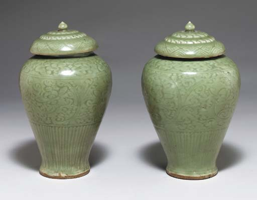 A PAIR OF CARVED LONGQUAN CELA