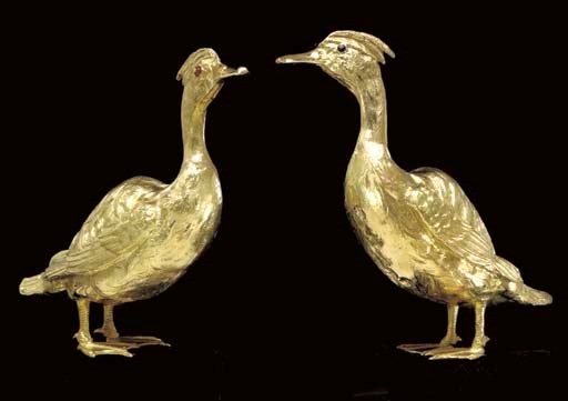 A PAIR OF CONTINENTAL GOLD DUC