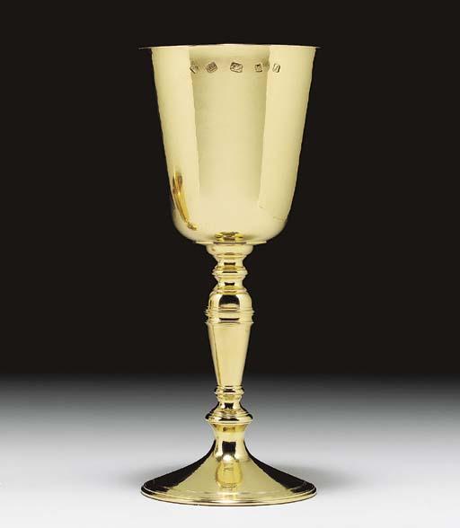 AN ELIZABETH II GOLD WINE CUP