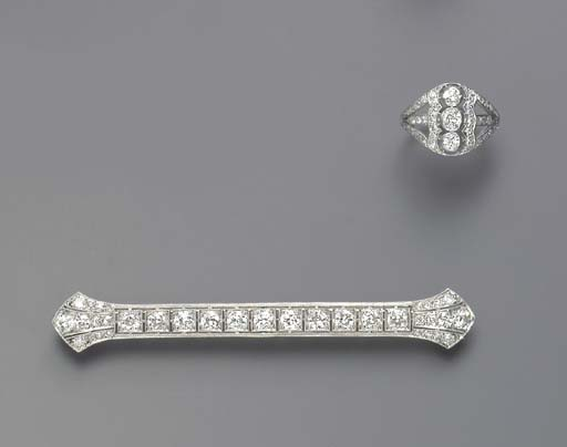 A GROUP OF DIAMOND JEWELRY