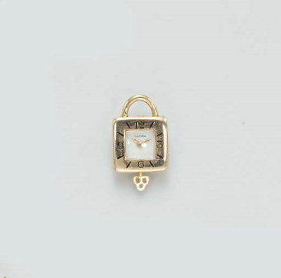 A GOLD MINIATURE PENDENT WATCH