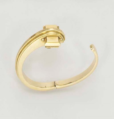A RETRO GOLD WATCH BRACELET, B