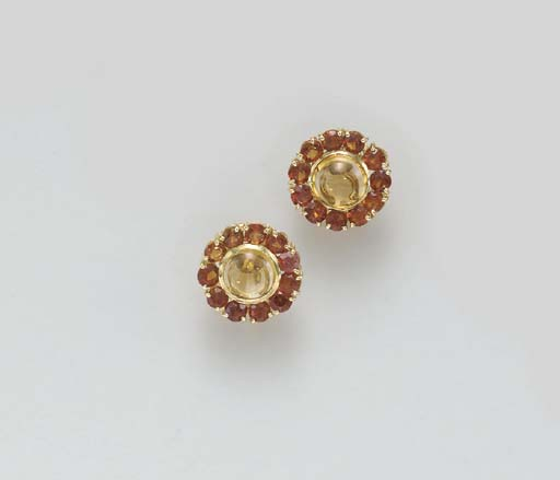 A PAIR OF CITRINE AND ORANGE T