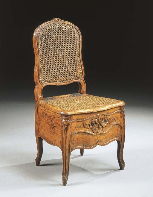 CHAISE DE COMMODITES D'EPOQUE