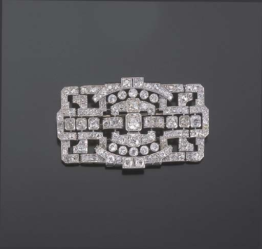 BROCHE PLAQUE DIAMANTS