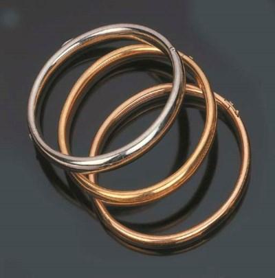 Tre bracciali a cerchio, di We