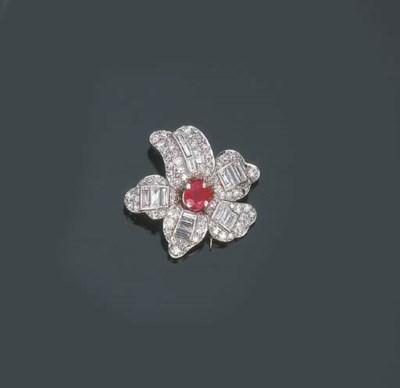 Clip in diamanti e rubino