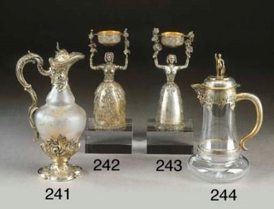 Caraffa in argento dorato e ve