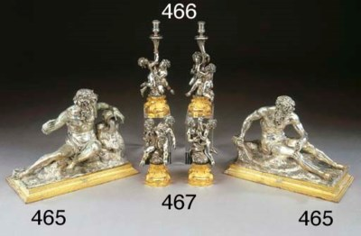 Coppia di sculture in argento