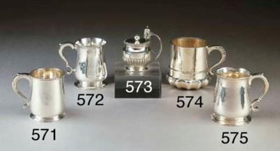 Mug in argento Giorgio V, Birm