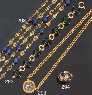 Gruppo di gioielli in oro, cal