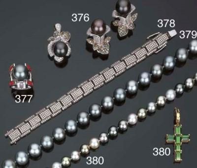Collana in perle coltivate gri