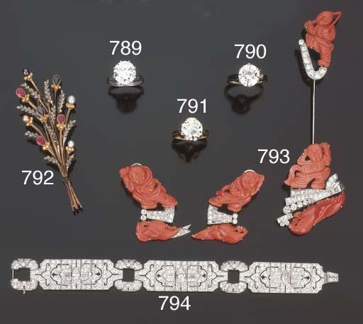 Spilla in zaffiri, rubini, per