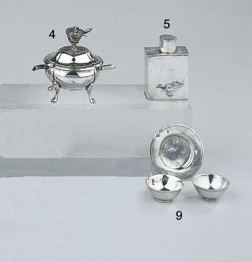 A Dutch silver miniature turee