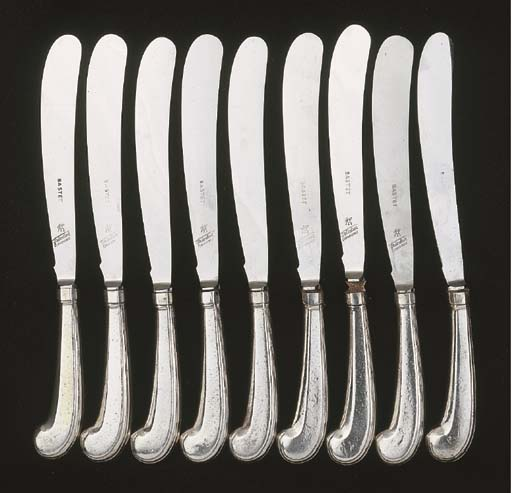 Nine pistol handled knives