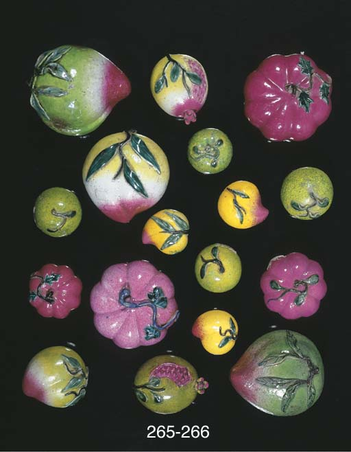 Ten various models of fruit