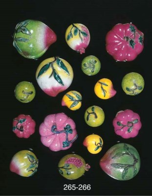 Seven small models of fruit