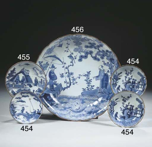 A Kakiemon style blue and whit