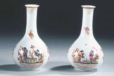 A pair of Meissen-style porcel