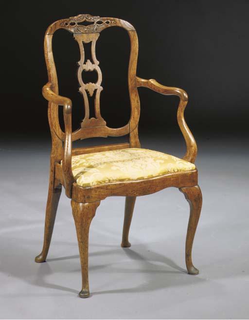 A Dutch elm fauteuil