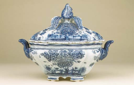 A large Dutch Delft blue and w