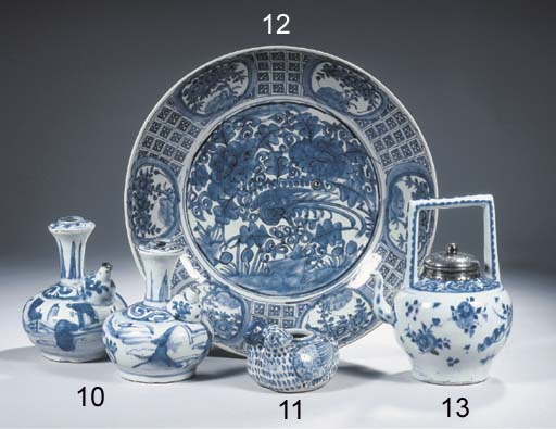 A Transitional blue and white