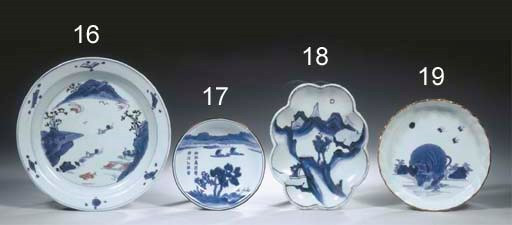 A blue and white lobed dish, m