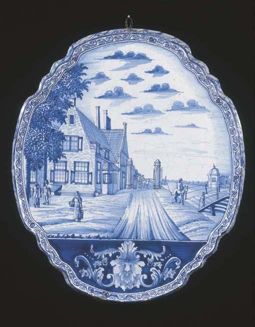 A Makkum Delftware blue and wh