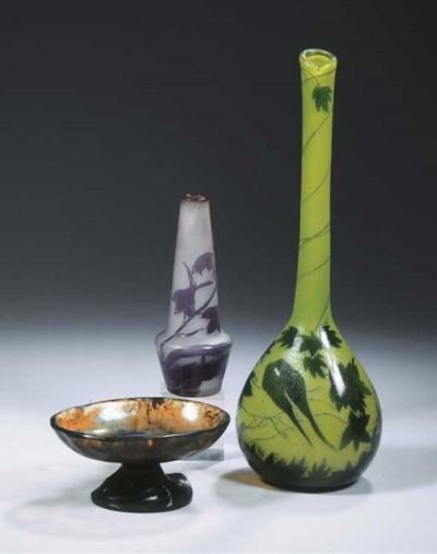 A pate de verre bowl