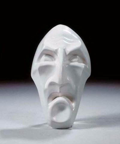 De Vrek, a white glazed potter
