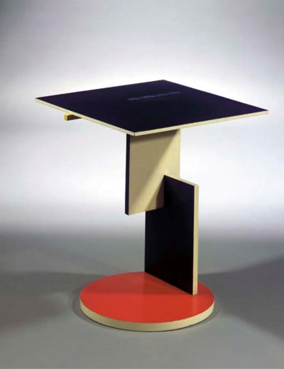 Divantafeltje, a lacquered occ