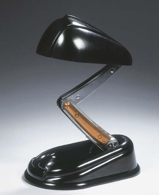 A black bakelite desk light