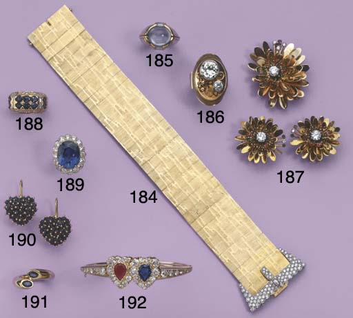 A DIAMOND BRACELET, BY KERN