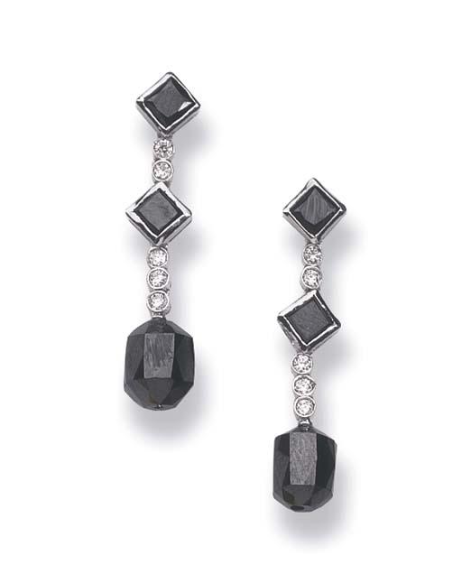 A PAIR OF DIAMOND AND BLACK DI