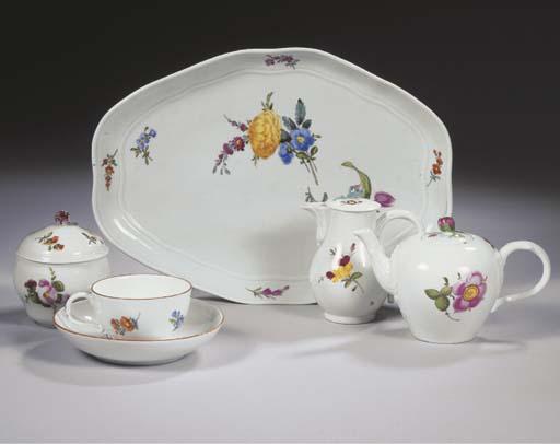 (9) A Meissen Punktzeit porcel