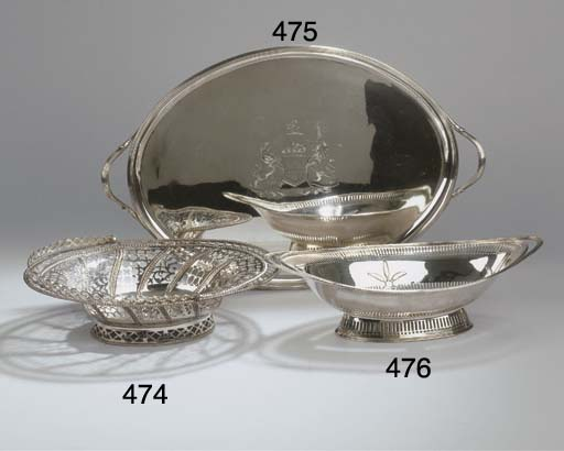 An English oval tray
