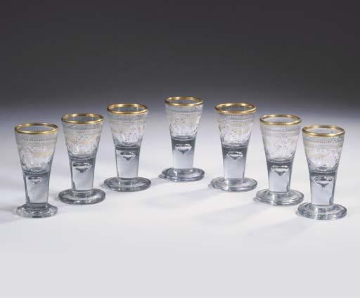 (7) A set of seven Zechlin Pot