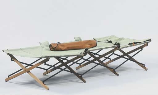 A Safari bed
