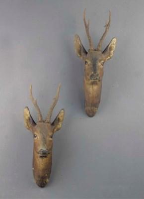 (2) A pair of German plaster r