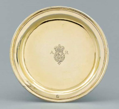 A Queen Anne silver-gilt tazza