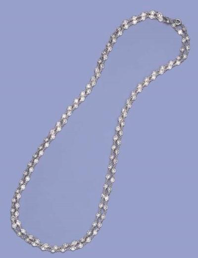 A MODERN DIAMOND SPECTACLE-LIN