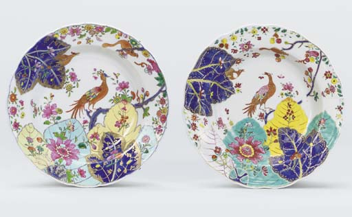 A MATCHED PAIR OF FAMILLE ROSE 'TOBACCO-LEAF' SOUP-PLATES