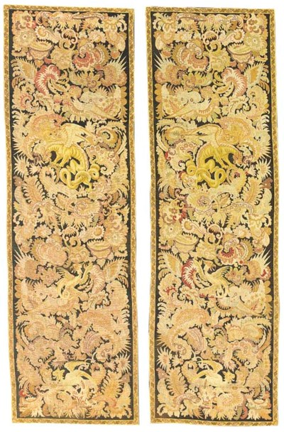A PAIR OF NEEDLEPOINT ENTRE-FE