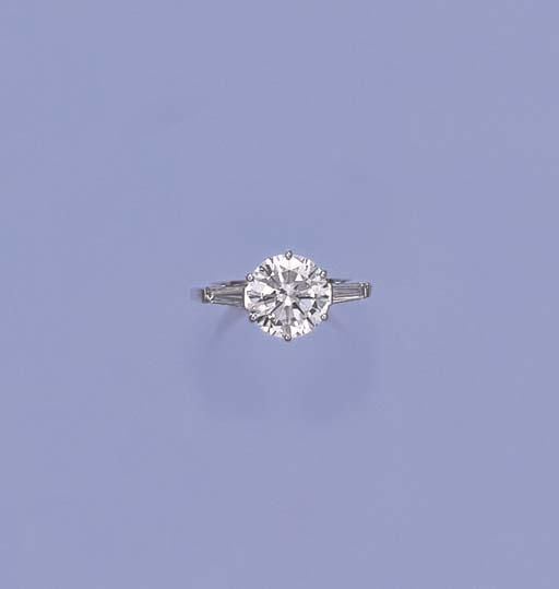 AN EXCEPTIONAL DIAMOND SINGLE-