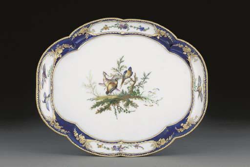 A Vincennes quatrefoil tray (p