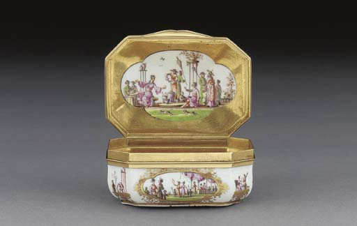 A Meissen gold-mounted chinois