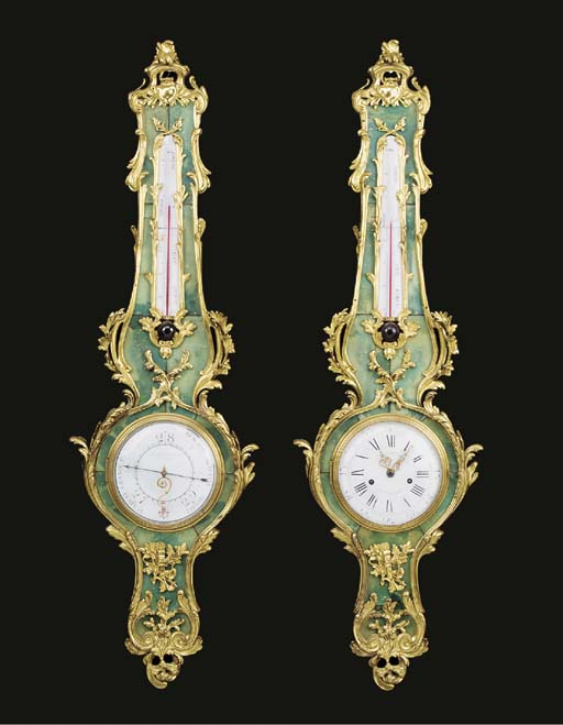 A PAIR OF ORMOLU-MOUNTED GREEN